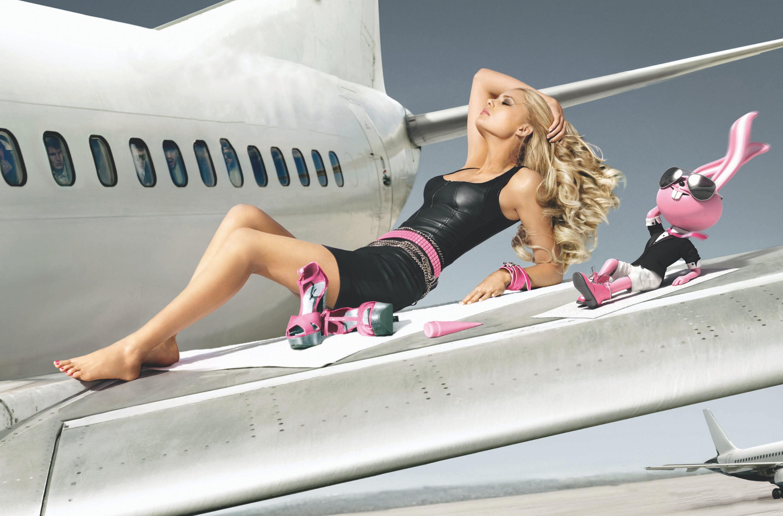 Фото жены в самолете 17 фотография